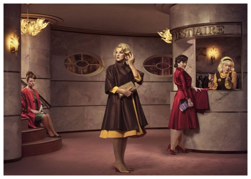 erwin-olaf-de-la-mar-three-sisters