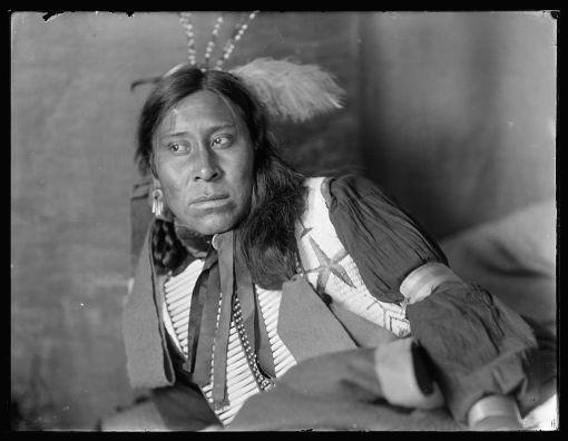Gertrude Käsebier Sammy-Lone-Bear-a-Sioux-Indian-from-Buffalo-Bills-Wild-West-Show-ca.-1900-gertrude