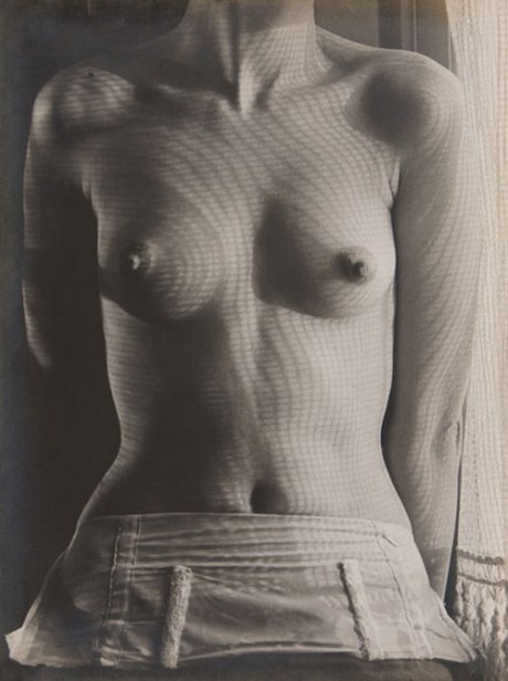 lee-miller-s-torso-c1930-man-ray-460x616